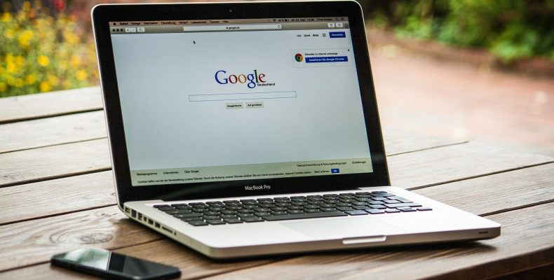 Google prédiction est un outil de recherche semi-automatique. Google suggest permet une recherche la plus pertinente possible.