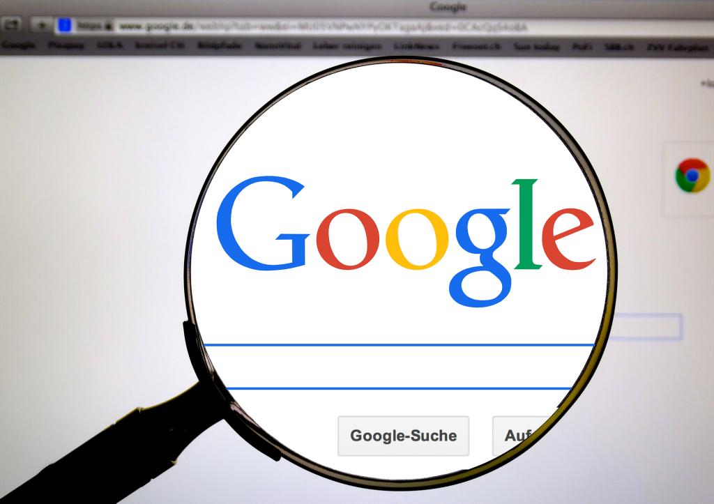Google suggest est un outil qui permet des prédictions et des suggestions sur le moteur de recherche Google.